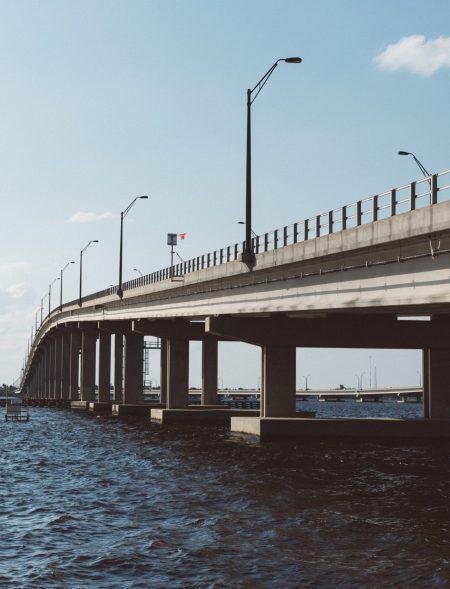 infrastructure-ocean-103596